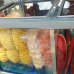 タイ旅行で果物を食べるのにカットフルーツ屋台がオススメ!バンコクもパタヤもどこでもあるよ!