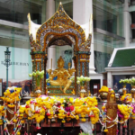 タイのバンコクで爆弾テロ!場所はエラワン廟と船着場。イスラム国の関与は?