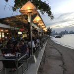 パタヤでタイ人に人気のシーフードレストラン:ムンアロイの全メニューと行き方